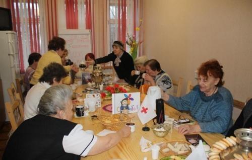В Псковском Красном Кресте отметили Международный день чая