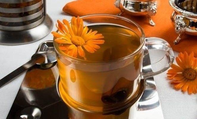 Чай из календулы сможет защитить от множества заболеваний