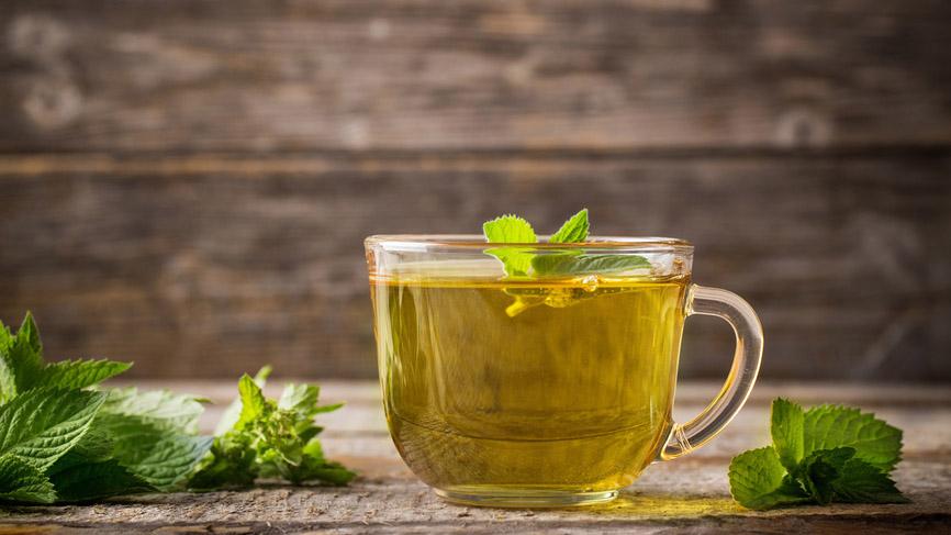 Зеленый чай избавит от лишних килограммов