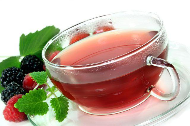 Чай с малиной защитит от простуды