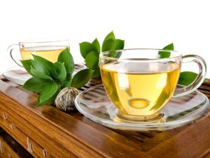 Зеленый чай улучшит состояние женщины
