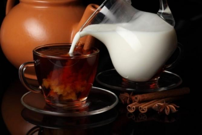 Чай с молоком может повредить