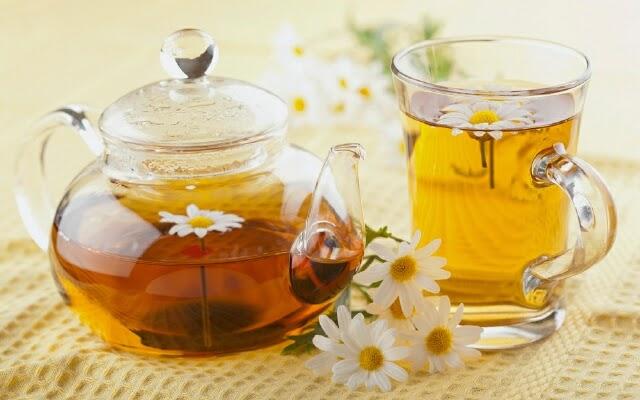Ромашковый чай полезен для женского организма