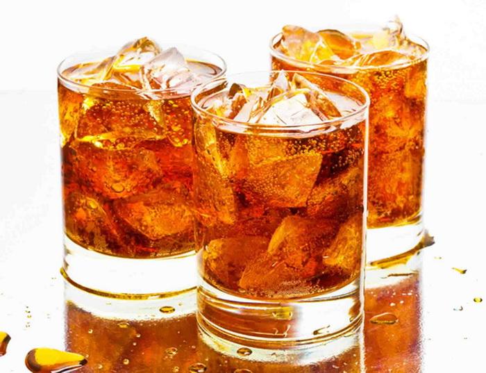 Чай со льдом может стать причиной возникновения камней в почках