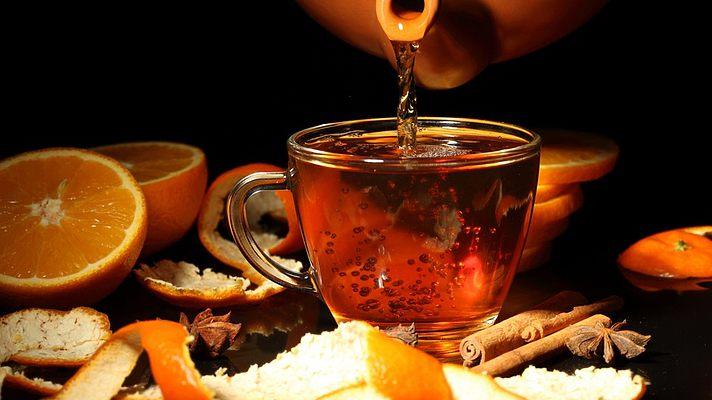 Крепкий чай поможет справиться с пониженным давлением
