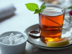 Чай уничтожает «зловонные» бактерии в ротовой полости