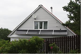 Плавучие солнечные батареи спасут озера, а домашние панели крыши