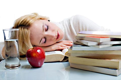 Из-за чего возникает синдром хронической усталости