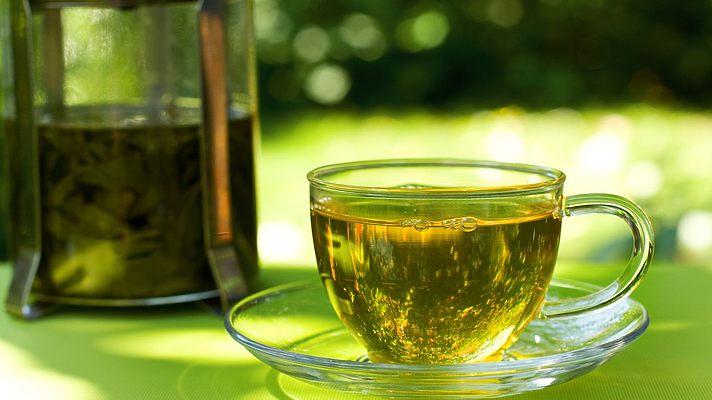 Зеленый чай улучшает работу мозга у мужчин — исследование