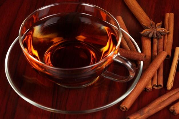 Чай с корицей: рецепт диетического утреннего напитка