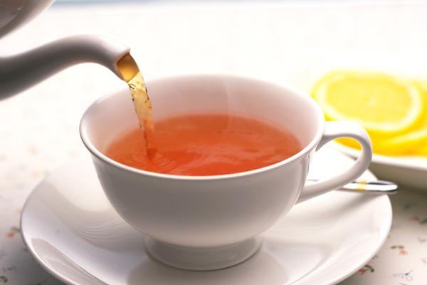 Любовь к чаю лишила женщину зубов