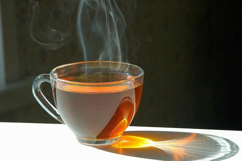 Горячий чай может приводить к раку горла