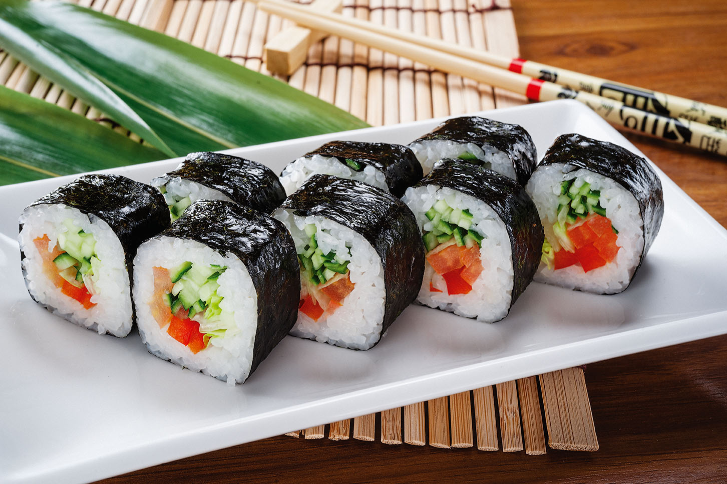 Преимущества доставки суши и роллов на дом