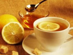 Врачи-эксперты: Чай с лимоном от простуды? Не смешите меня, люди