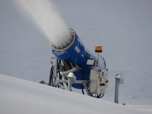 Снежные пушки помогли растить чай в Сочи