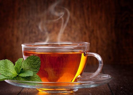 Чай помогает бороться с кариесом и воспалением десен — стоматологи