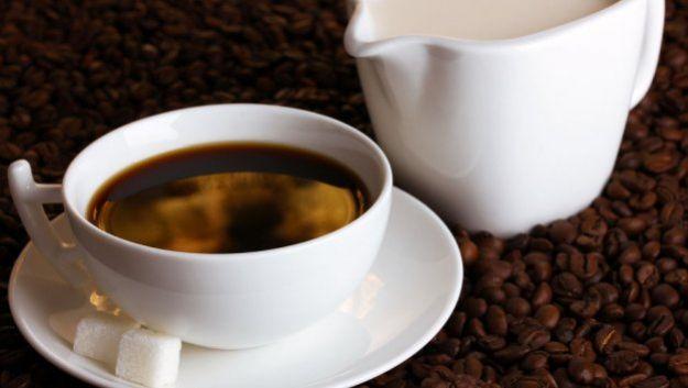 Кофе или чай могут превратиться в «калорийную бомбу»