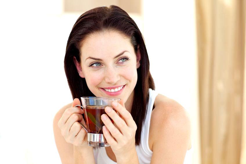 Ежедневное употребление чая увеличивает продолжительность жизни женщин