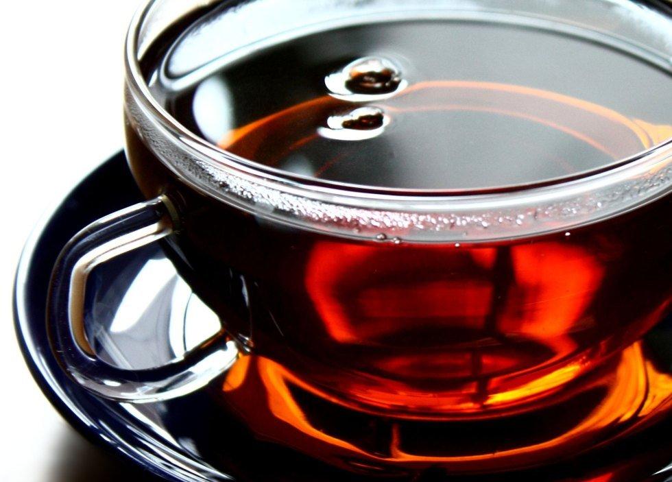 Стоматологи опровергли миф о негативном влиянии чая на зубы