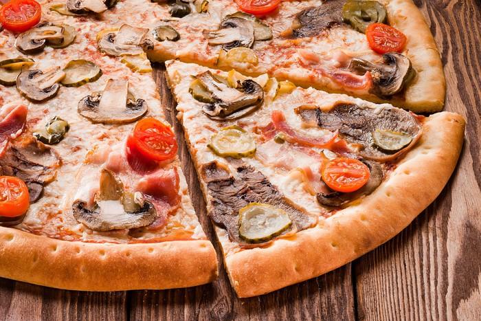 Когда и кем была изобретена пицца