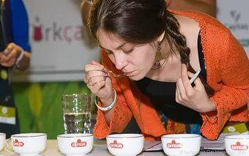 Лучшими мастерами чая были признаны мастера из Беларуси и России