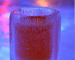 Согреваемся чаем в ледяном баре