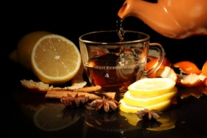 Медики рекомендуют пить чай в сочетании с некоторыми продуктами