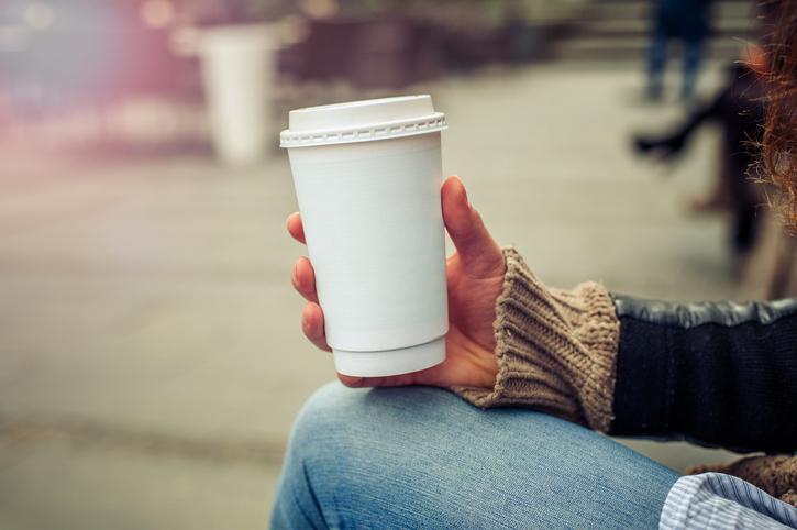 Беременным женщинам лучше всего не употреблять кофе