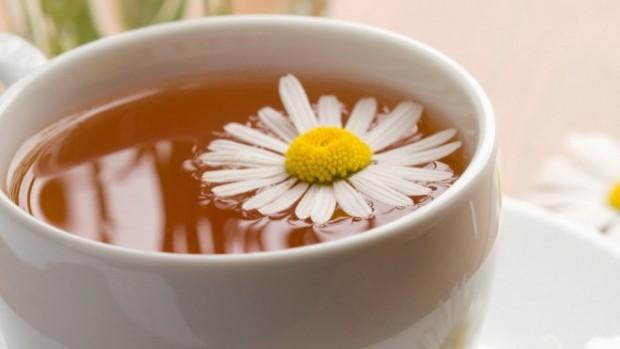 Чай из ромашки — отличный профилактический напиток против рака