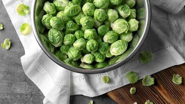 Брюссельская капуста и зеленый чай полезны при лечении рака молочной железы