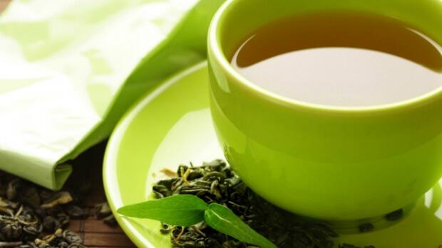 Чай помогает бороться с простудой, инфекционными заболеваниями и онкологическими патологиями