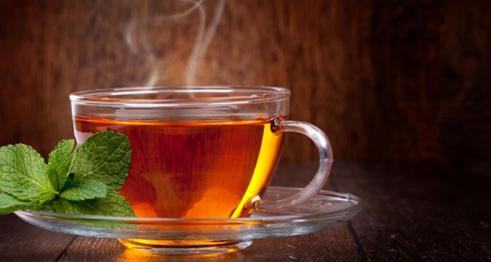 Горячий чай способен предотвратить потерю зрения