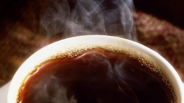 Очень горячие напитки повышают риск развития рака пищевода