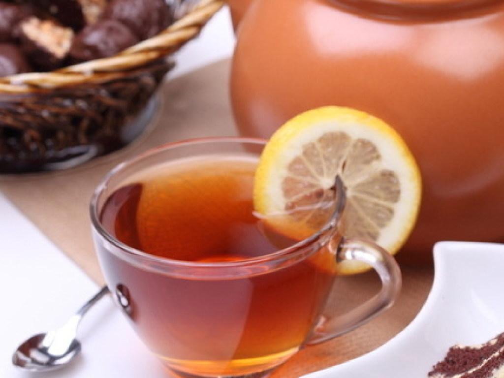 Шоколад и чай с молоком помогают быстро согреться — медик