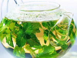 Чай из крапивы помогает бороться с диабетом
