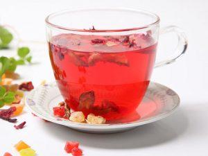 Любители чая с фруктовыми добавками чаще обращаются к дантисту — медики