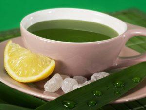Экстракт зеленого чая можно использовать, как солнцезащитное средство