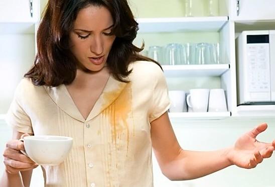 Как вывести пятно от чая?