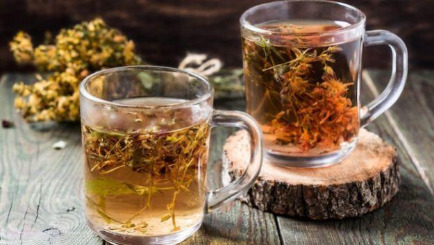 Сторонника народной медицина чай из зверобоя сделал шизофреником