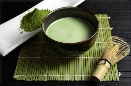 Почему для пожилых людей так полезен зеленый чай?