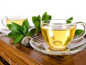 Эксперт рассказал, как зеленый чай помогает сбрасывать вес