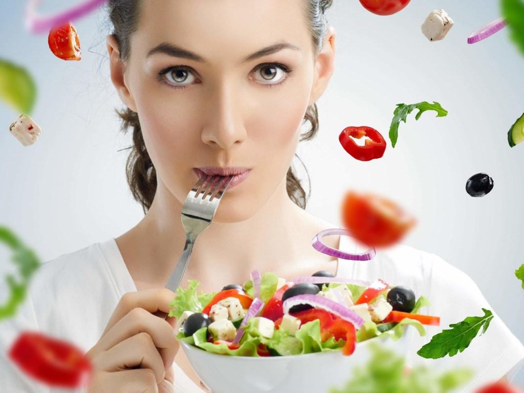 Минус 7 килограммов за две недели: Названа самая эффективная диета на осень
