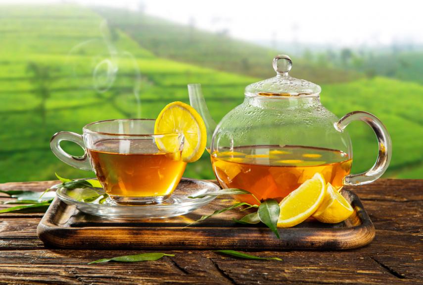 Лимон и теплый чай притупят чувство голода