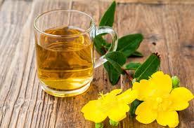 Какие травы полезно добавлять в зеленый чай?