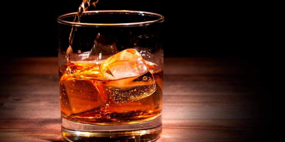 Медики назвали самые опасные напитки для здоровья человека