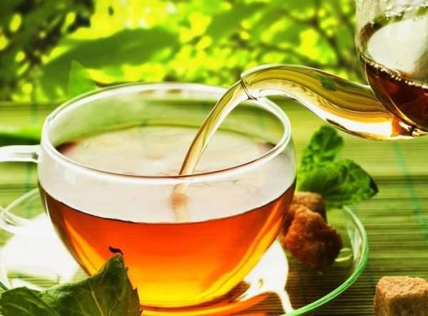 Врачи рассказали, кому не рекомендуется пить зеленый чай