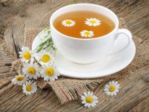 Лучшие травяные чаи против головных болей