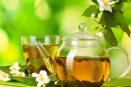 Зеленый чай: польза и вред для здоровья и красоты