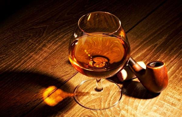 Напиток для гурманов: чай с коньяком