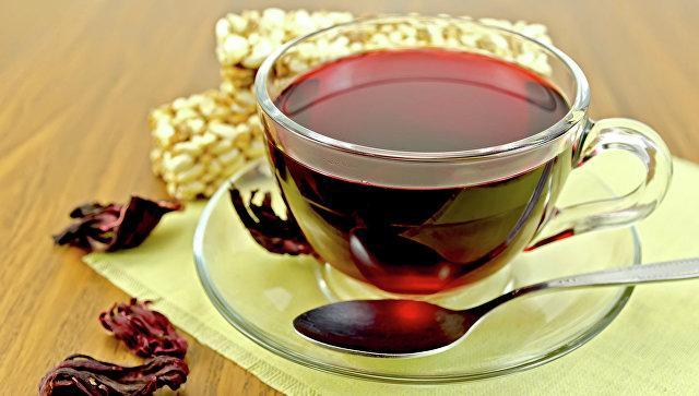 Какова связь горячего чая с опасным заболеванием?